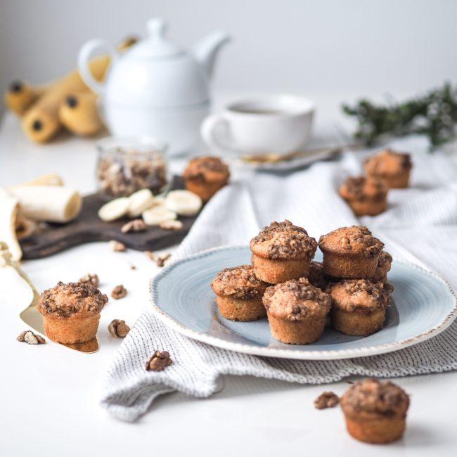 Banánové muffiny s ořechovou drobenkou
